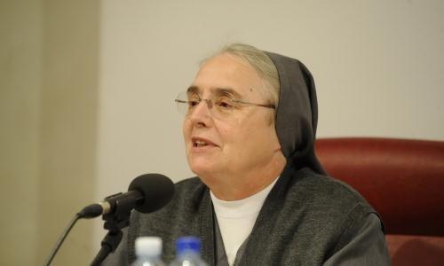 """il 28 gennaio suor Enrica Rosanna Fma interverrà sul tema """"La chiesa particolare e il carisma della vita consacrata"""""""